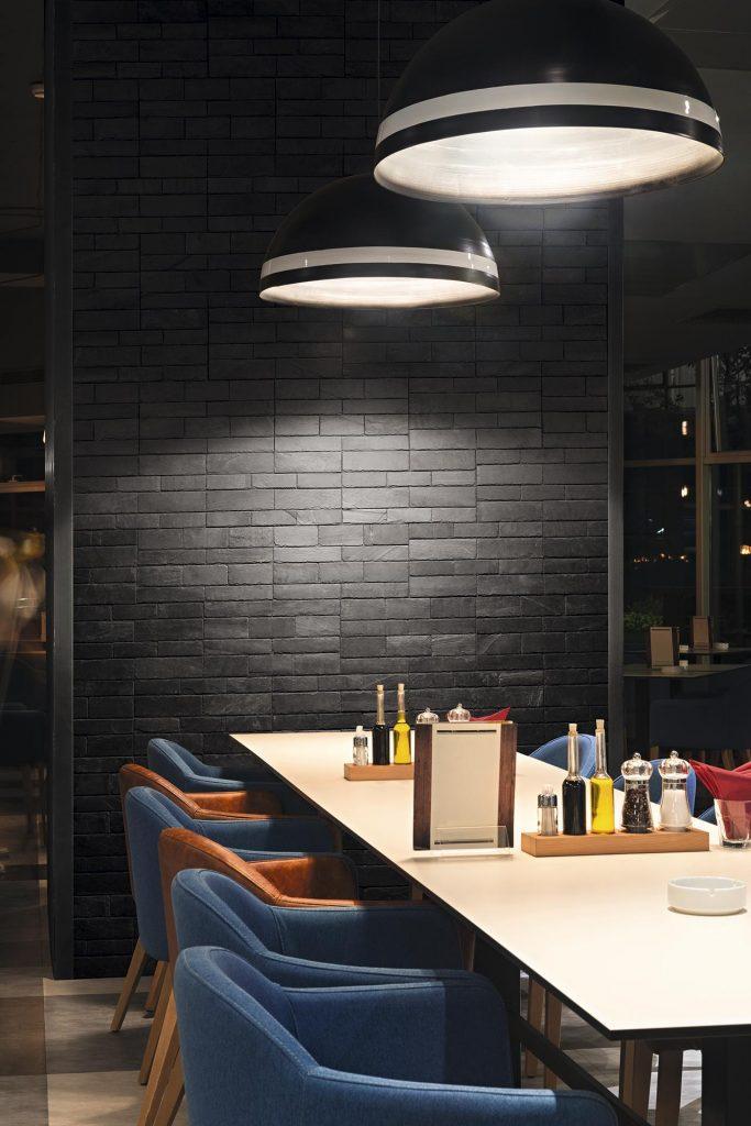 pizarra pizarra natural adhesiva autoadhesiva stonetack-restaurante-