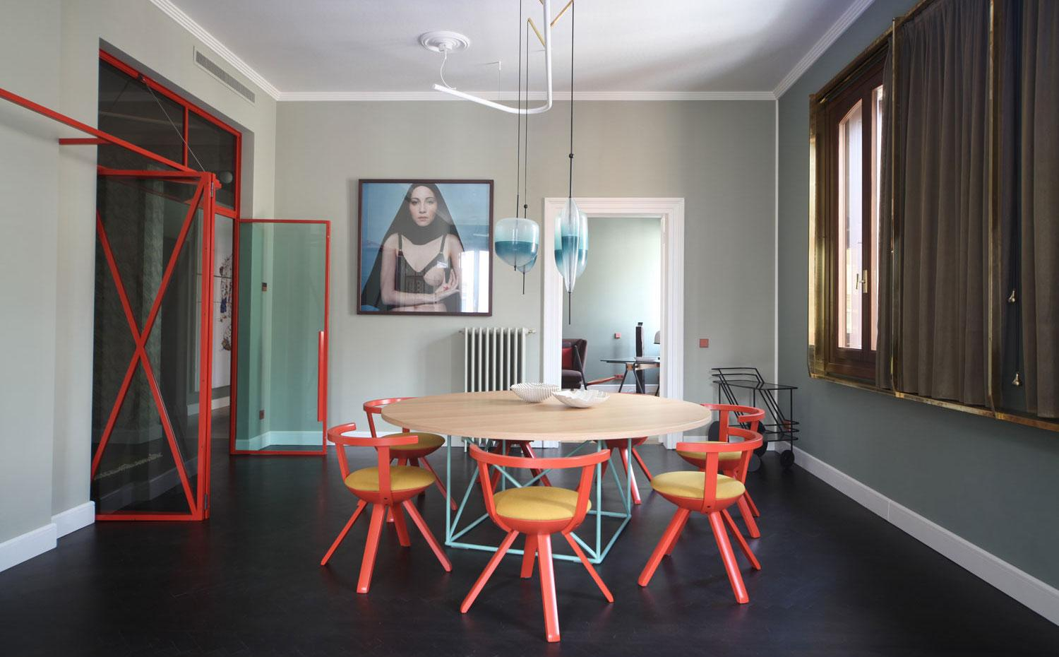 tendencias decoracion 2019 Mercante Testa en Venecia. Living Coral